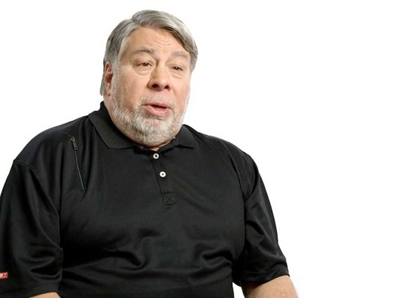 Apple founder for space company